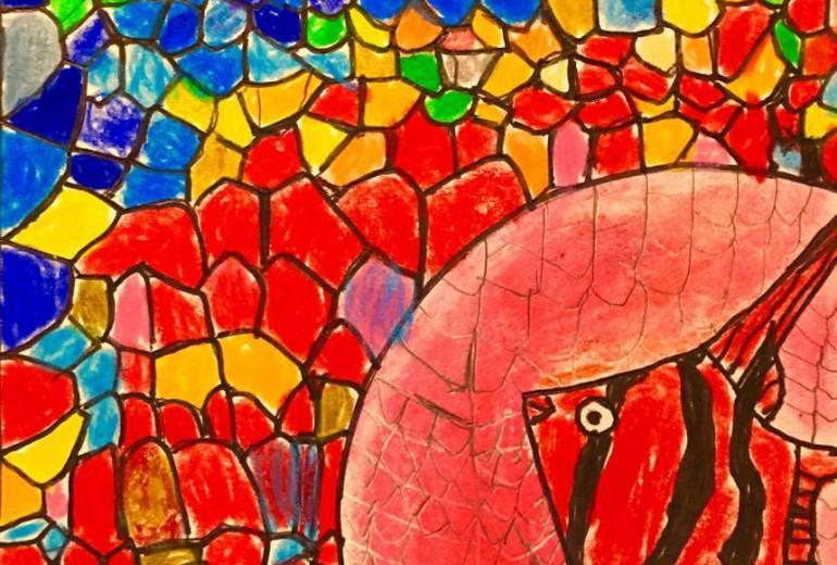 青と赤の中の熱帯魚