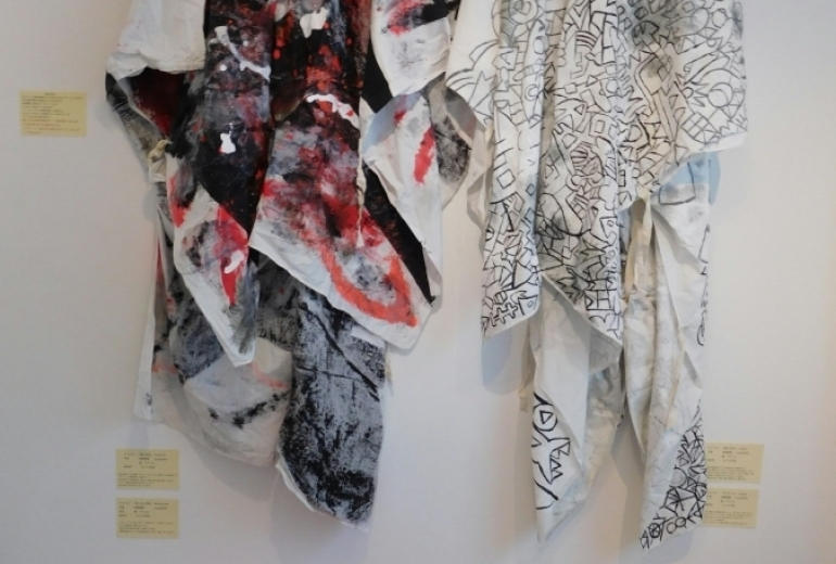 ヘアアーティストの意思を具現化した衣装