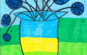 丸いブルーの花と花瓶 - トモ・タカイ