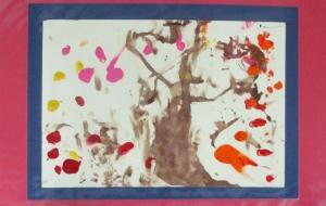 47_秋の木(岡田琴音) - 第2回鶴ヶ島市立中央図書館 「障がい者アート絵画展」2018