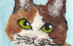 水色の背景の三毛猫 - 阿部貴志