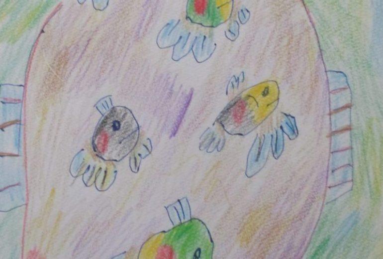 魚色鉛筆画