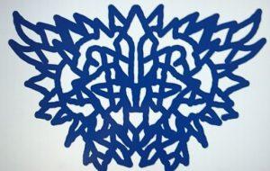 右手藍色紋章 - 池田 旬