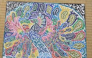 虹色に輝く孔雀 - 西花天翔