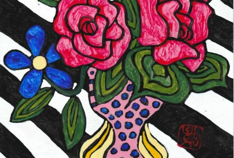 白黒のシマシマの背景の薔薇のある花瓶