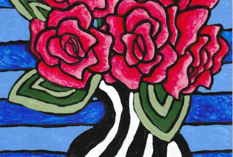 五輪の薔薇のある花瓶