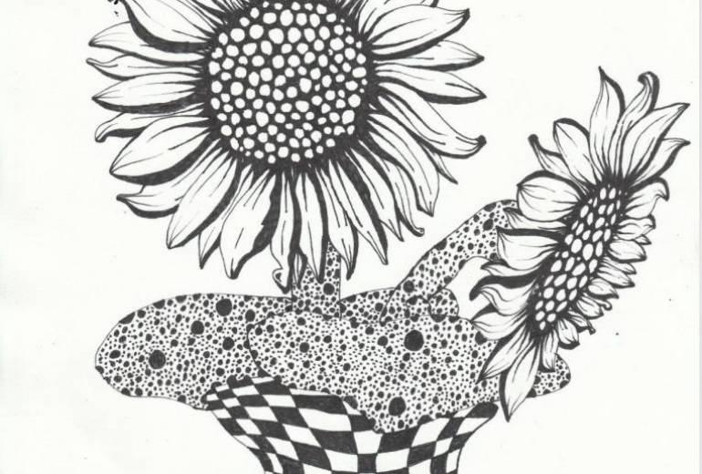二輪の向日葵の花瓶